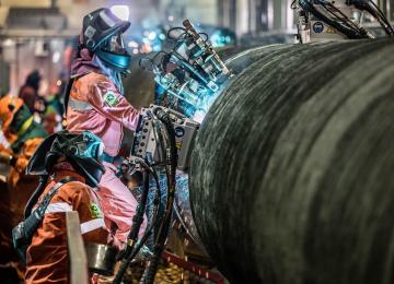 Монтаж трубы газопровода