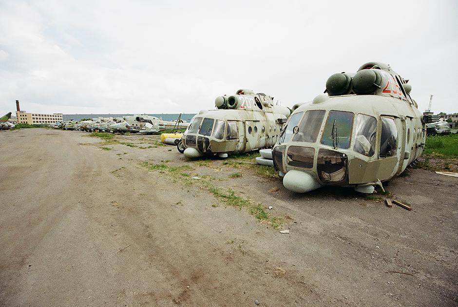Остатки вертолетов в Ленинградской области