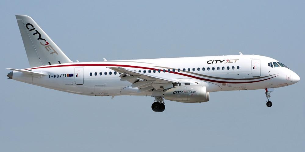 Пассажирский самолет «Сухой Суперджет-100»