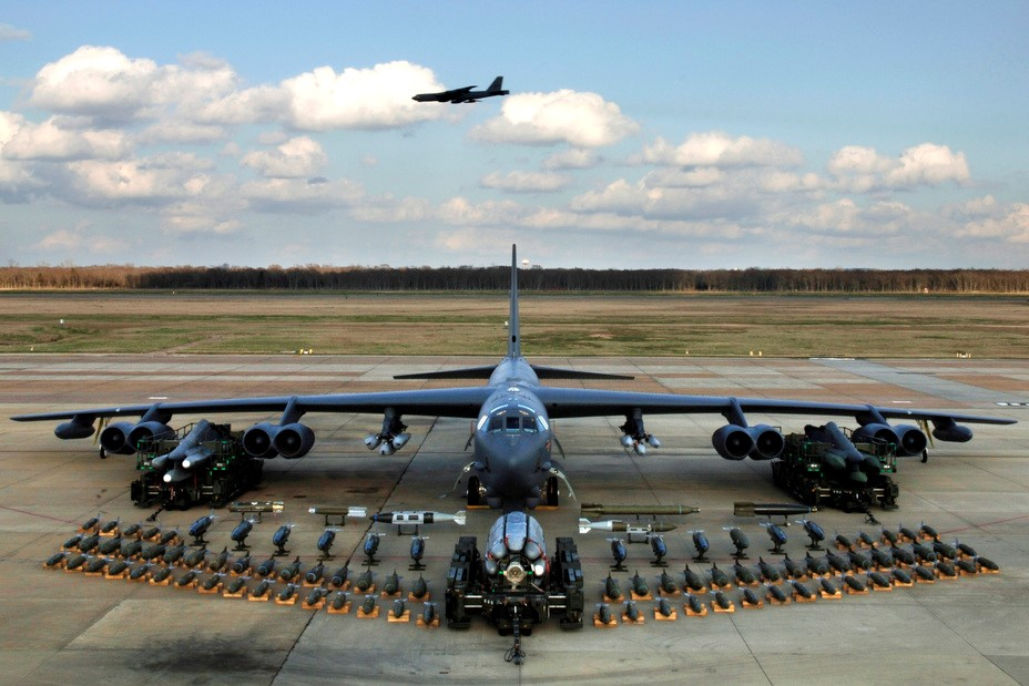 Подготовка истребителя к вылету