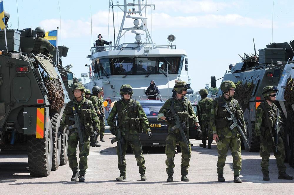 Шведская армия на учениях