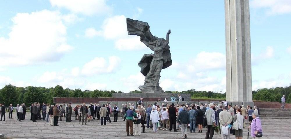 Советский памятник в Риге