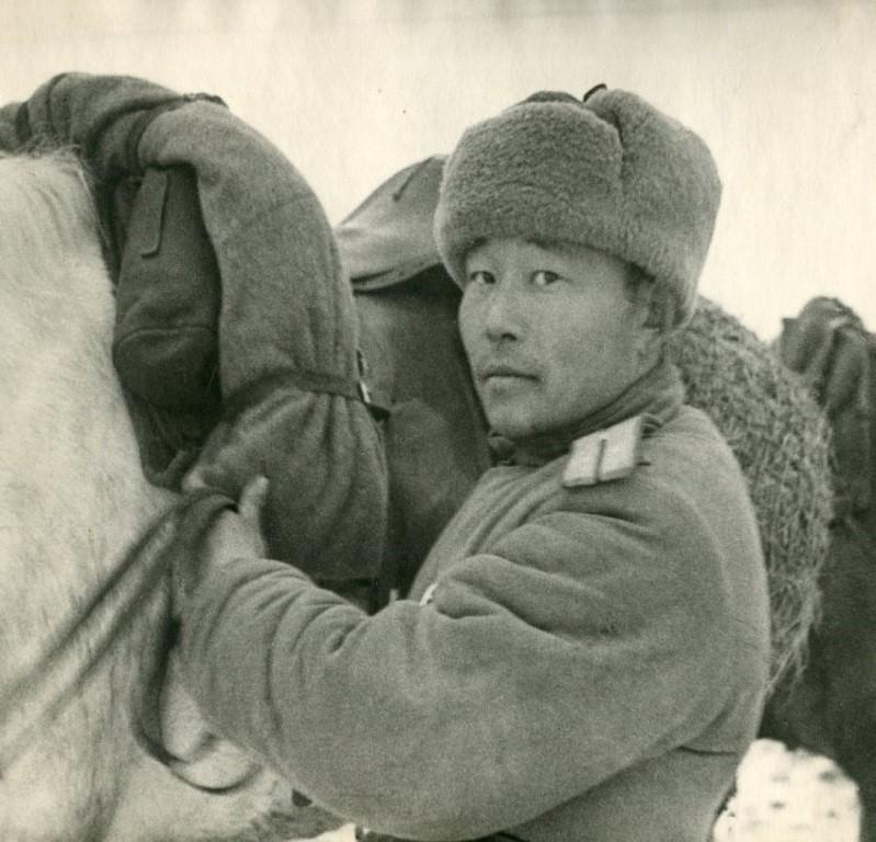 Тувинец - офицер Красной Армии
