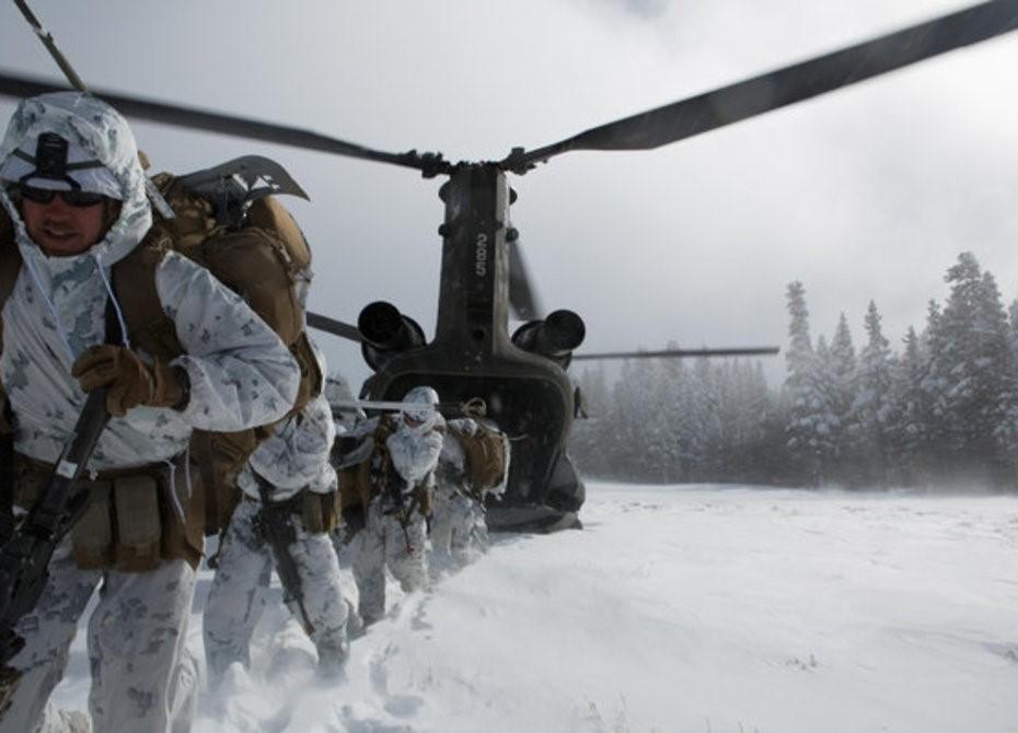 Высадка десанта на снегу