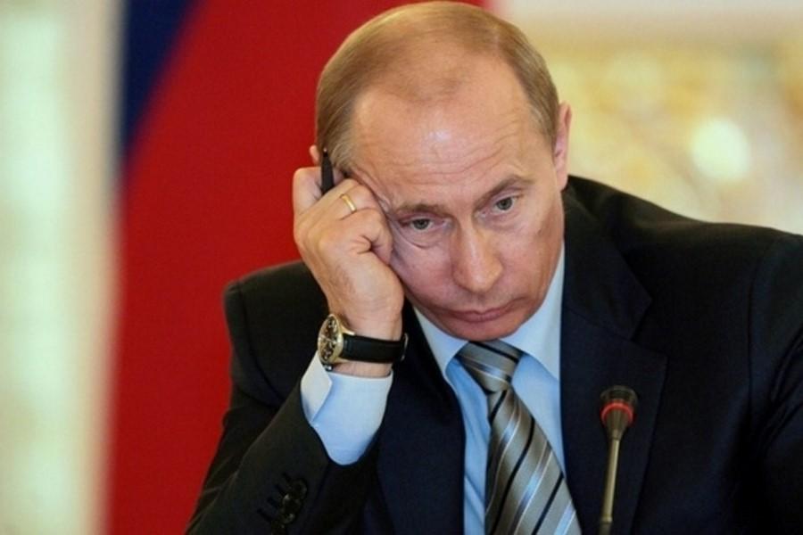 Задумчивый Путин
