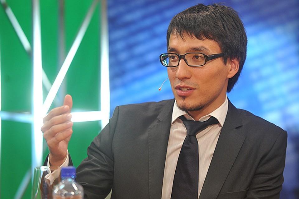 Абзалов высказывает экспертное мнение