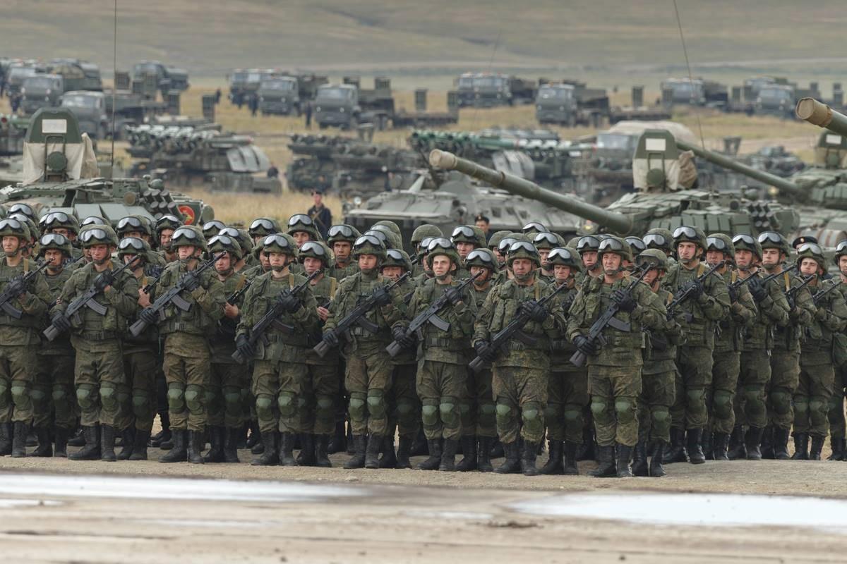 Армия: пехота и танки