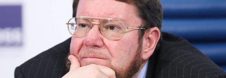 Евгений Сатановский задумался