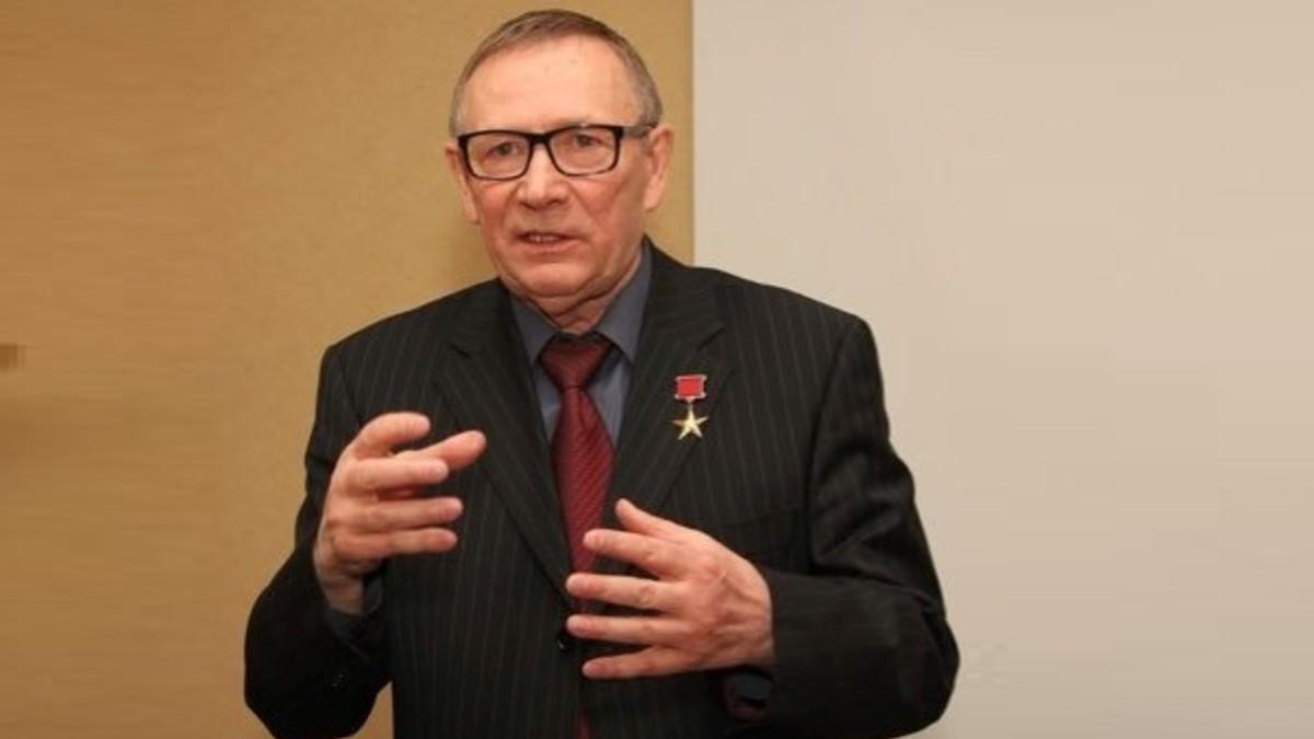 Николай Травкин