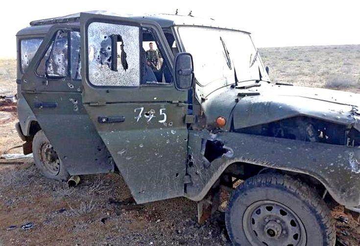 Расстрелянный террористами автомобиль