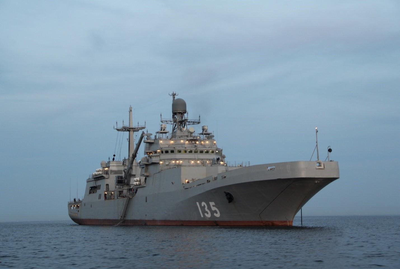 Российский десантного корабля проекта 11711