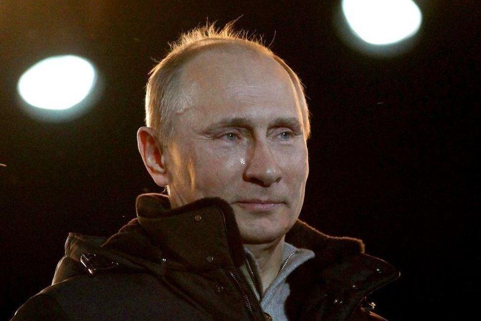 Владимир Путин в темноте