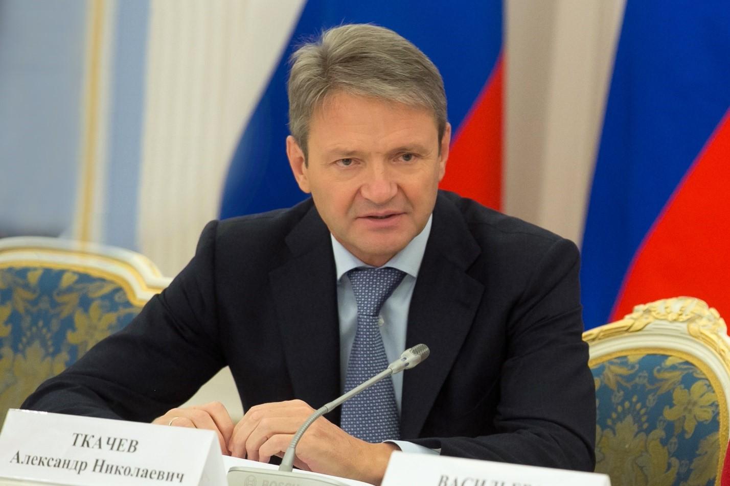 Александр Ткачев в губернаторском кресле
