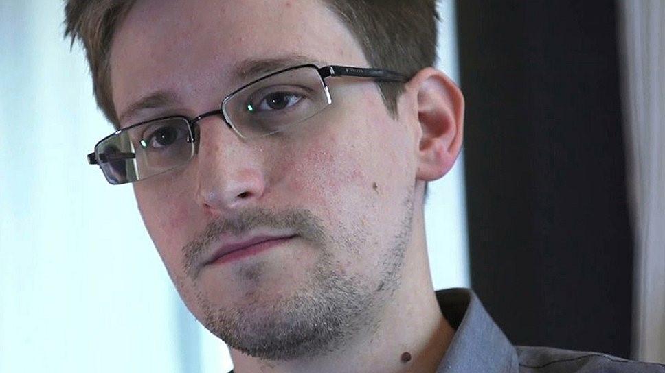 Бывший разведчик США Эдвард Сноуден