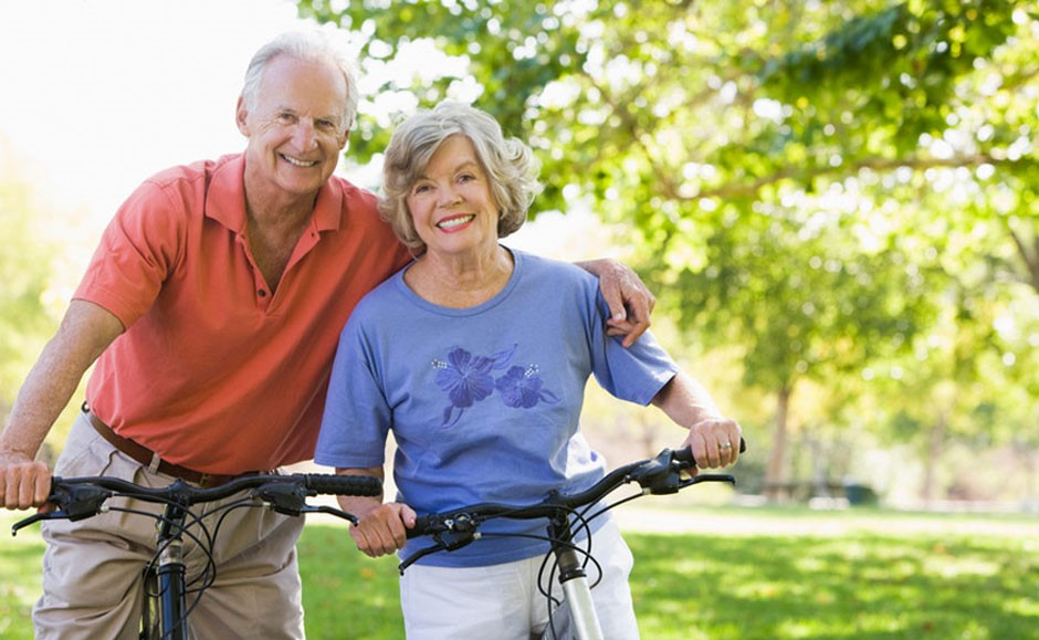 Французские пенсионеры на велопрогулке