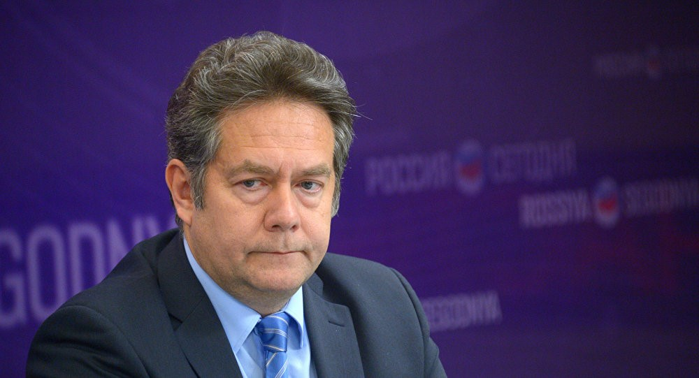 Николай Платошкин в студии телеканала