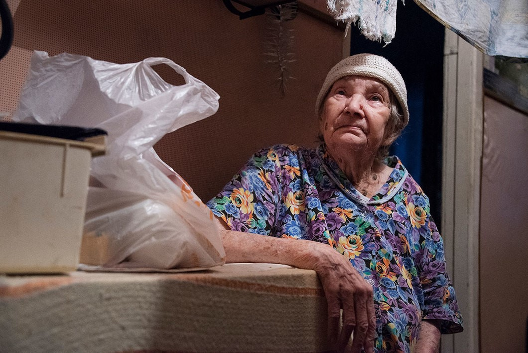 Пенсионеры выживают с трудом