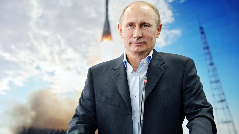 Путин на фоне взлетающей ракеты