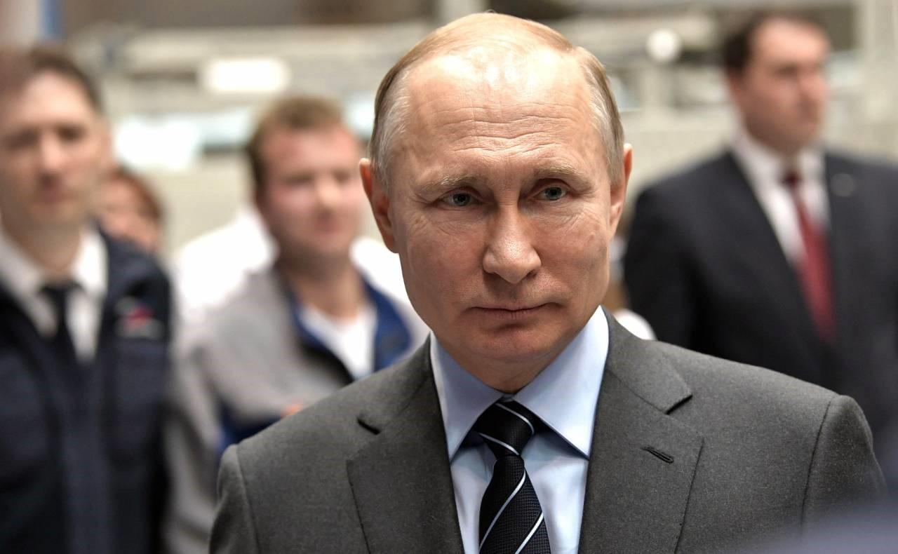 Путин впереди всех