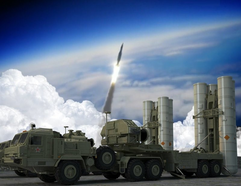 ЗРК С-500 производит запуск ракеты