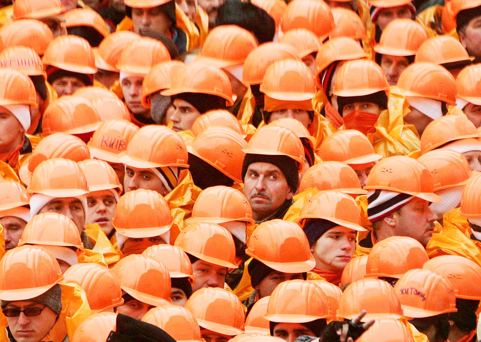 оранжевая революция кратко