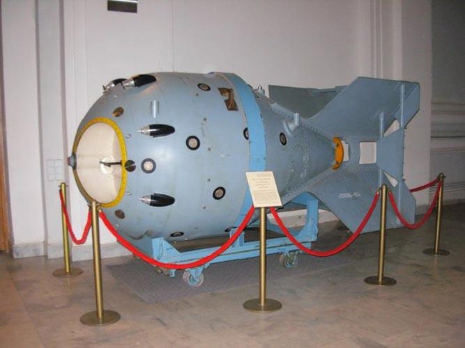 как устроена ядерная бомба