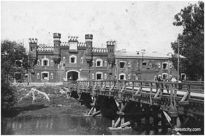 брестская крепость история создания