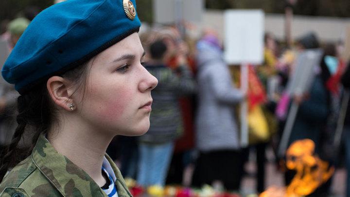 армия для девушек в россии как попасть