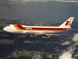 сколько мест в боинге 747
