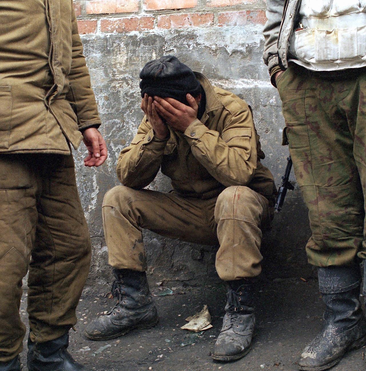 чеченцы режут русских солдат