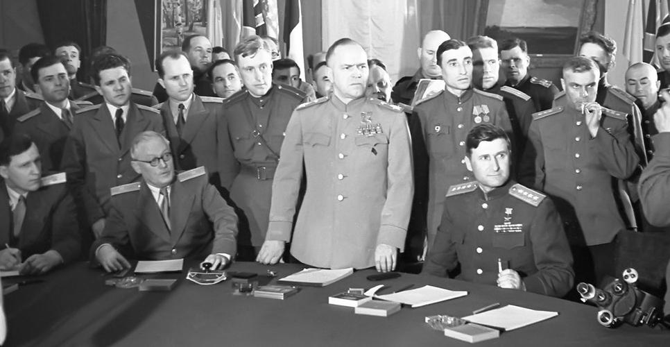 кто подписал акт о безоговорочной капитуляции германии