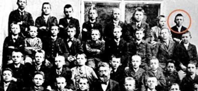 гитлер в детстве фото
