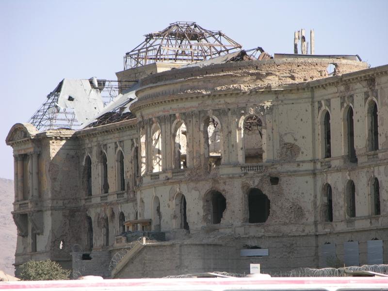 дворец амина фото до и после