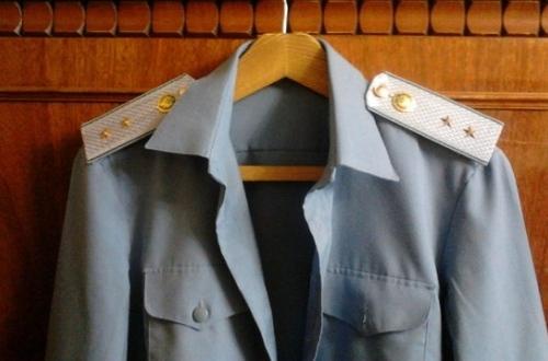 как одевать погоны