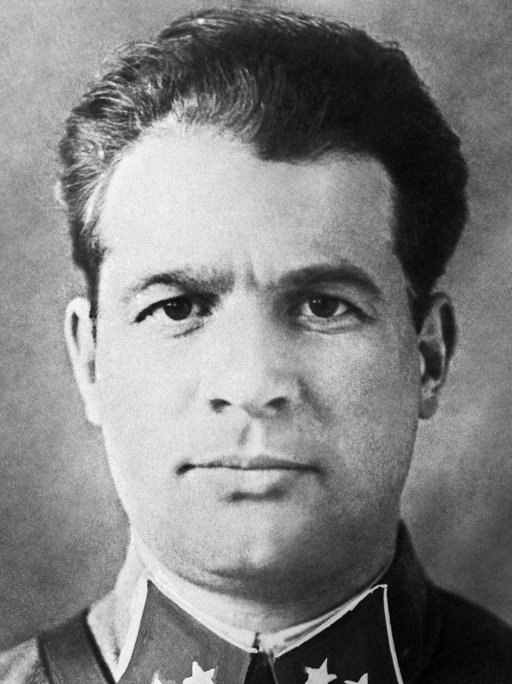 черняховский генерал биография