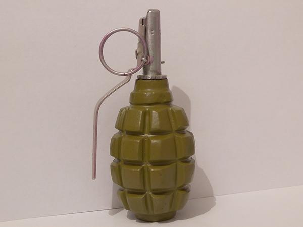 вес гранаты