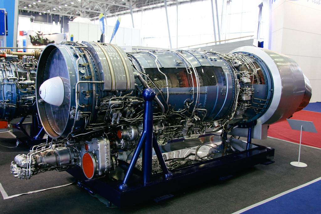 реактивный двигатель самолета