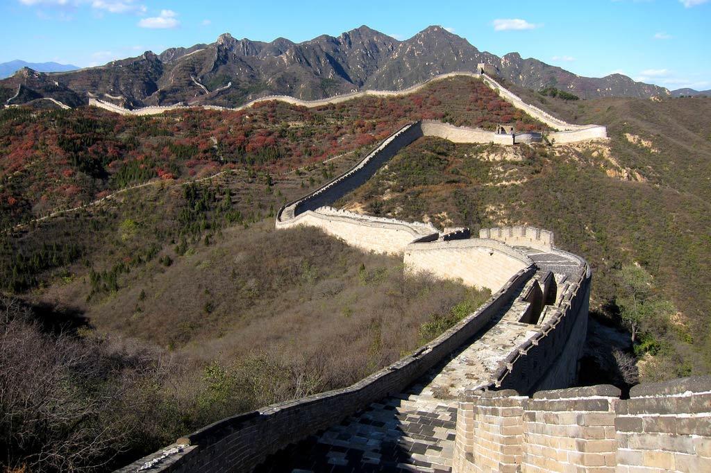 зачем строили великую китайскую стену