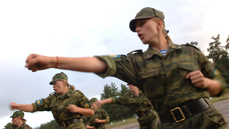 женщины в армии россии