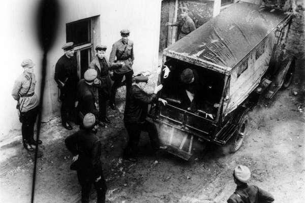 сколько репрессированных было при сталине