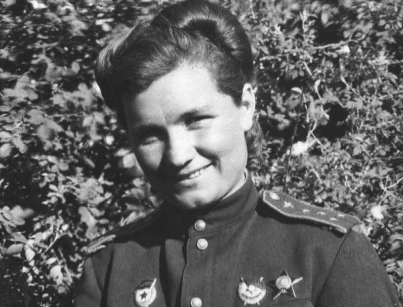 роль женщины на войне