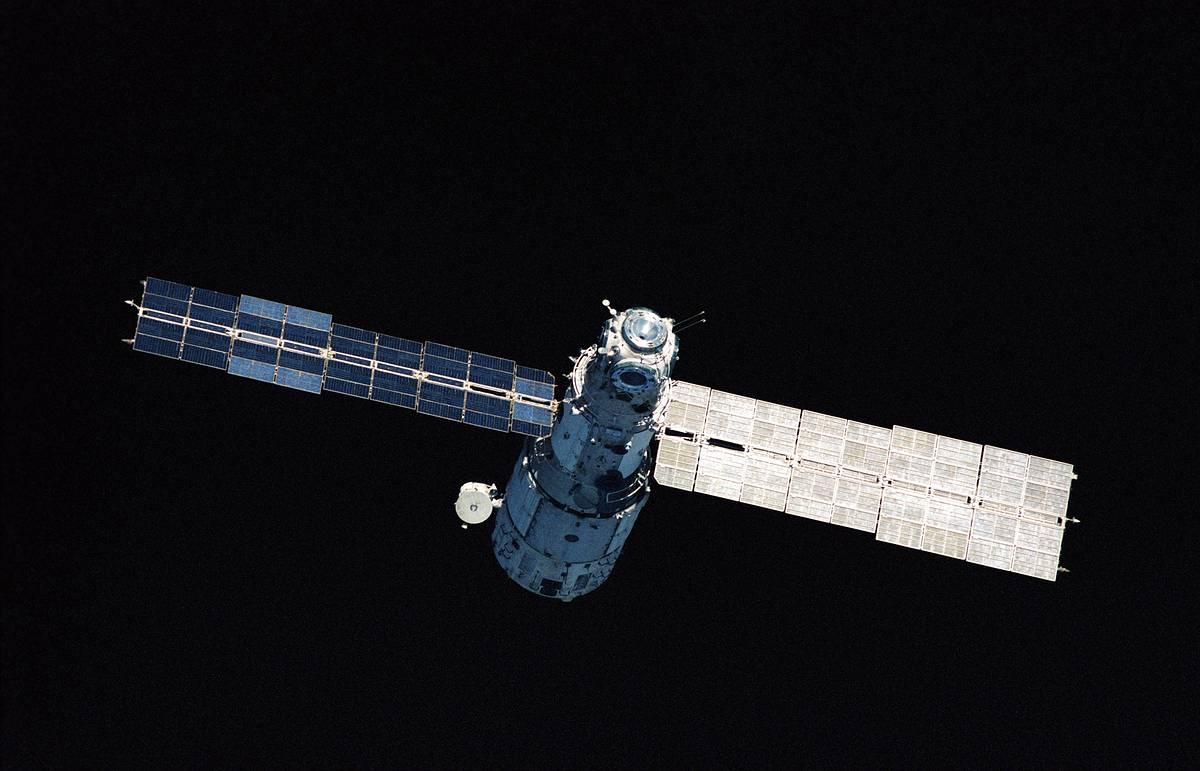 затопление орбитальной станции мир