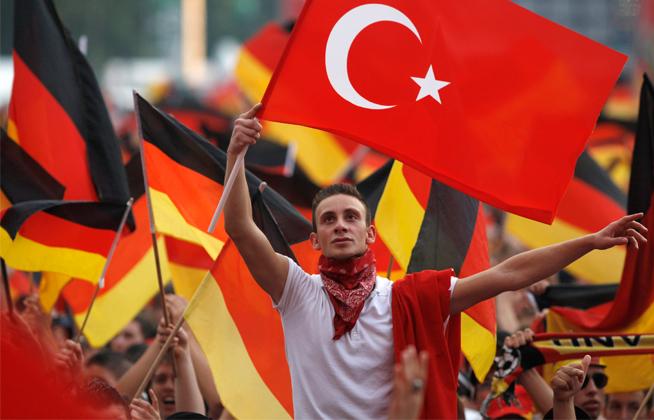 сколько турков живет в германии