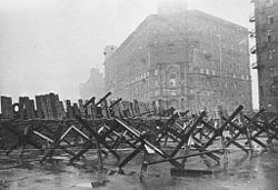 кто принимал парад в 1945