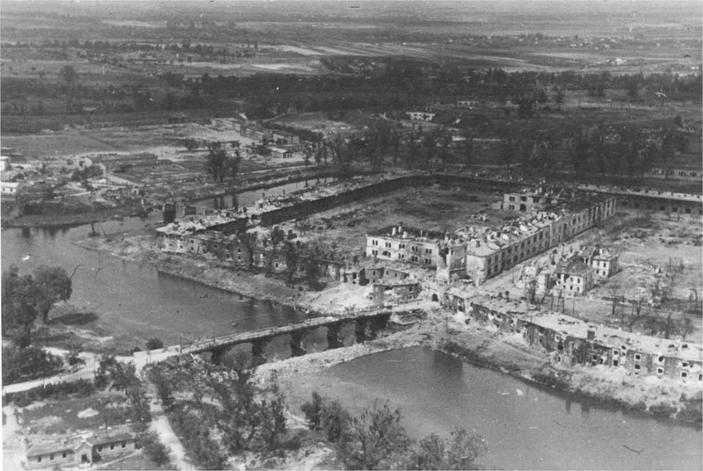 брестская крепость где находится страна и город