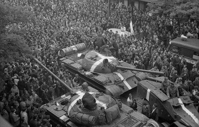 вторжение в чехословакию