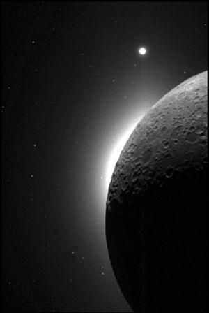 венера имеет спутники
