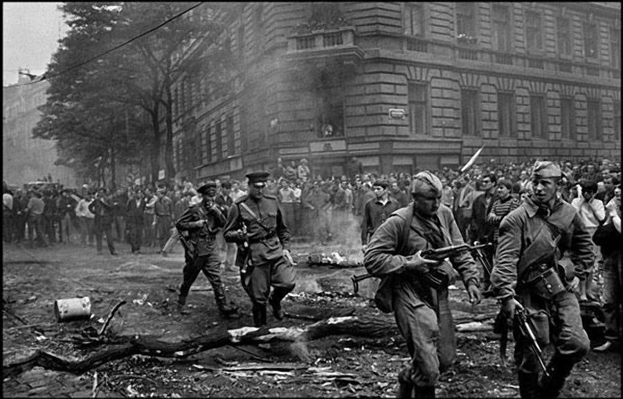 введение войск в чехословакию