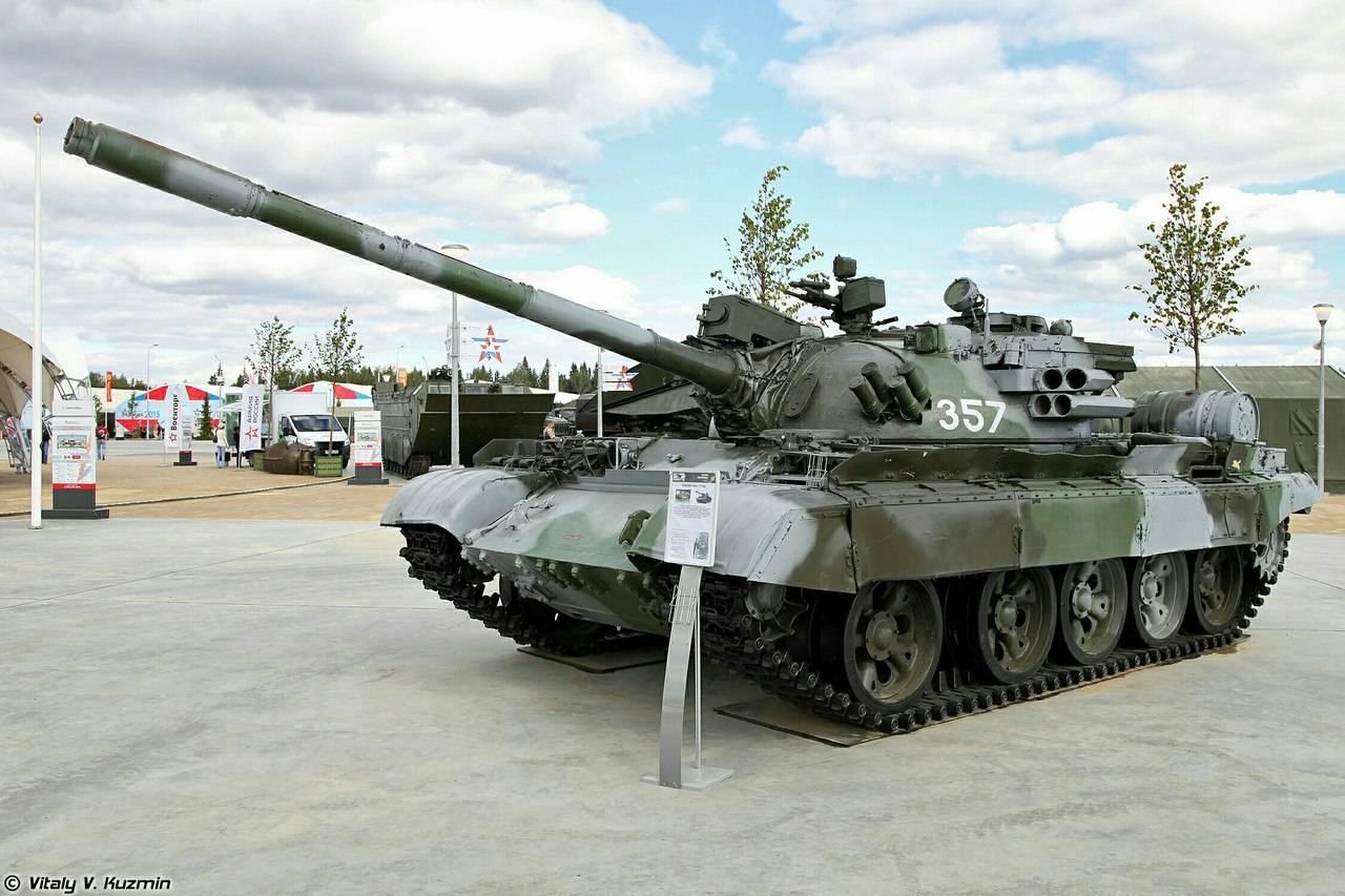 сколько танков в рф