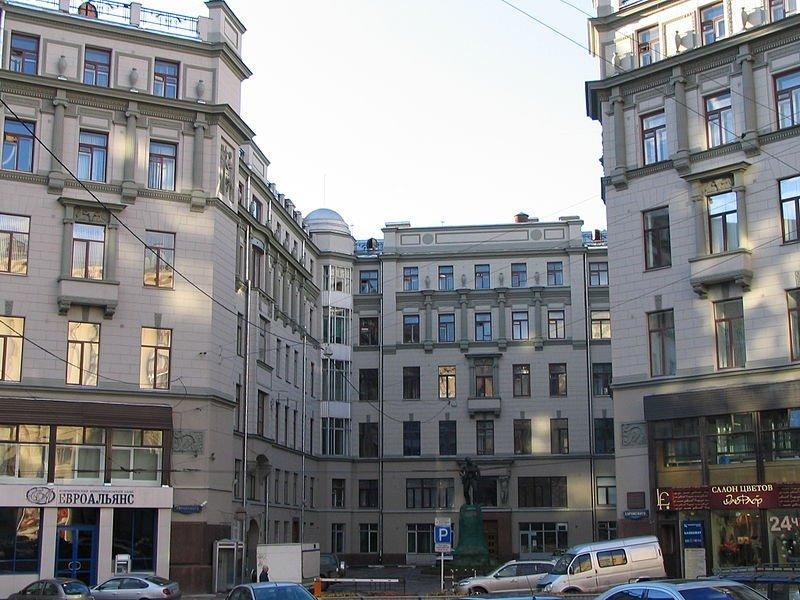 здание фсб на лубянке фото